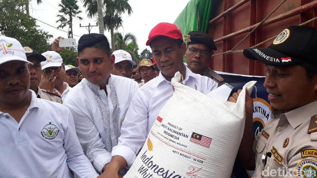 RI Ekspor Perdana 25 Ton Beras dari Kalbar ke Malaysia