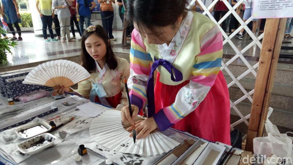 Intip Budaya Korea Peringati Hangeul Day