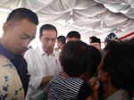 Bagikan Ribuan Sertifikat Tanah, Jokowi: Demen? Cemoh?