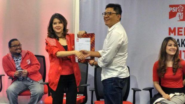 Daftar Caleg di PSI, Isyana Bagoes Oka Soroti RUU Penyiaran