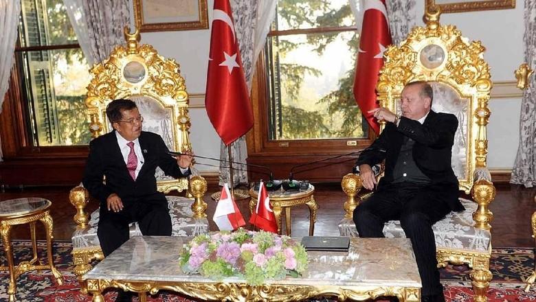 Ini yang Dibahas Wapres JK Saat Bertemu Erdogan di Istanbul
