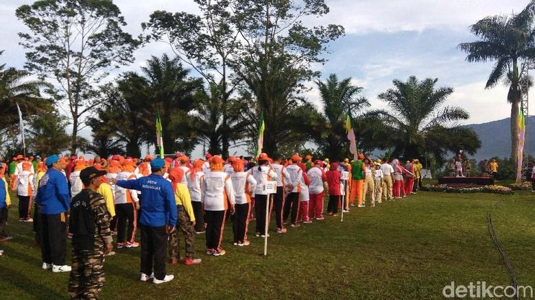 Anies-Sandi akan Pimpin Tea Walk Korpri DKI di Puncak Pagi Ini