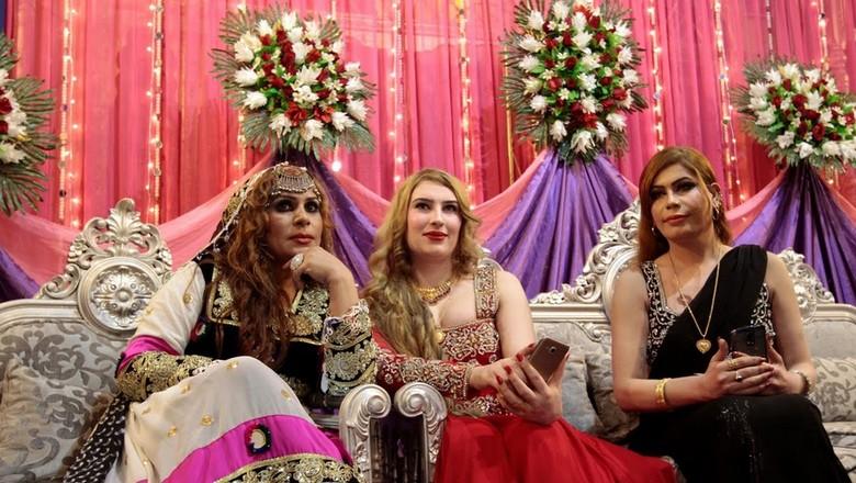 Foto: Kehidupan Tabu Transgender di Pakistan
