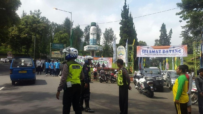 Polisi Heran Mobil Rombongan Anies Terobos Arus One Way Puncak