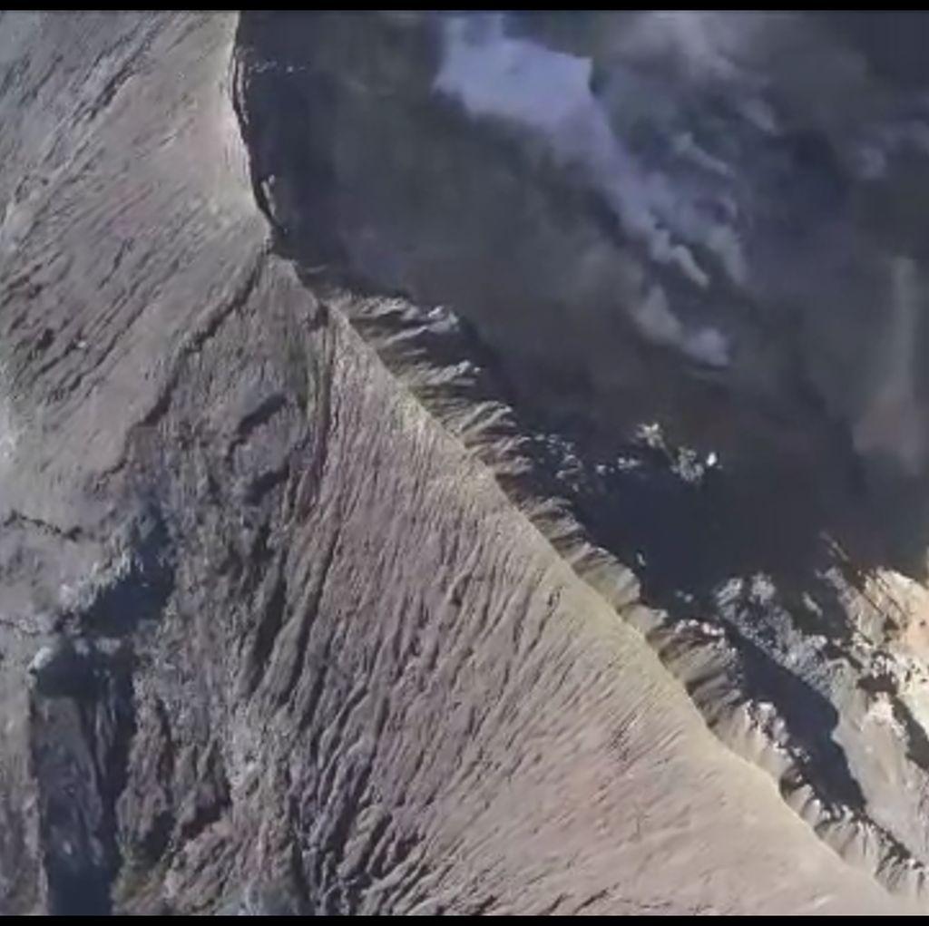 Sebulan Status Awas Gunung Agung, Aktivitas Vulkanik Masih Tinggi