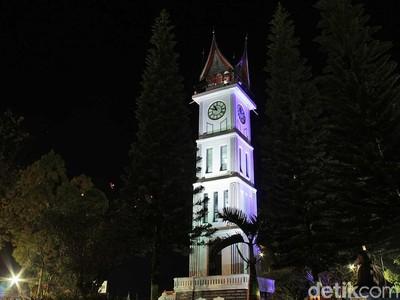 Foto: Jam Gadang Bukittinggi yang Juga Cantik di Malam Hari