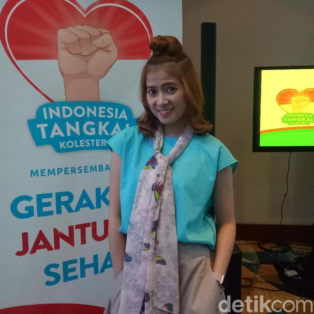 Hobi Jalan-jalan, Chika Jessica Kerap Bawa Nutrive Benecol