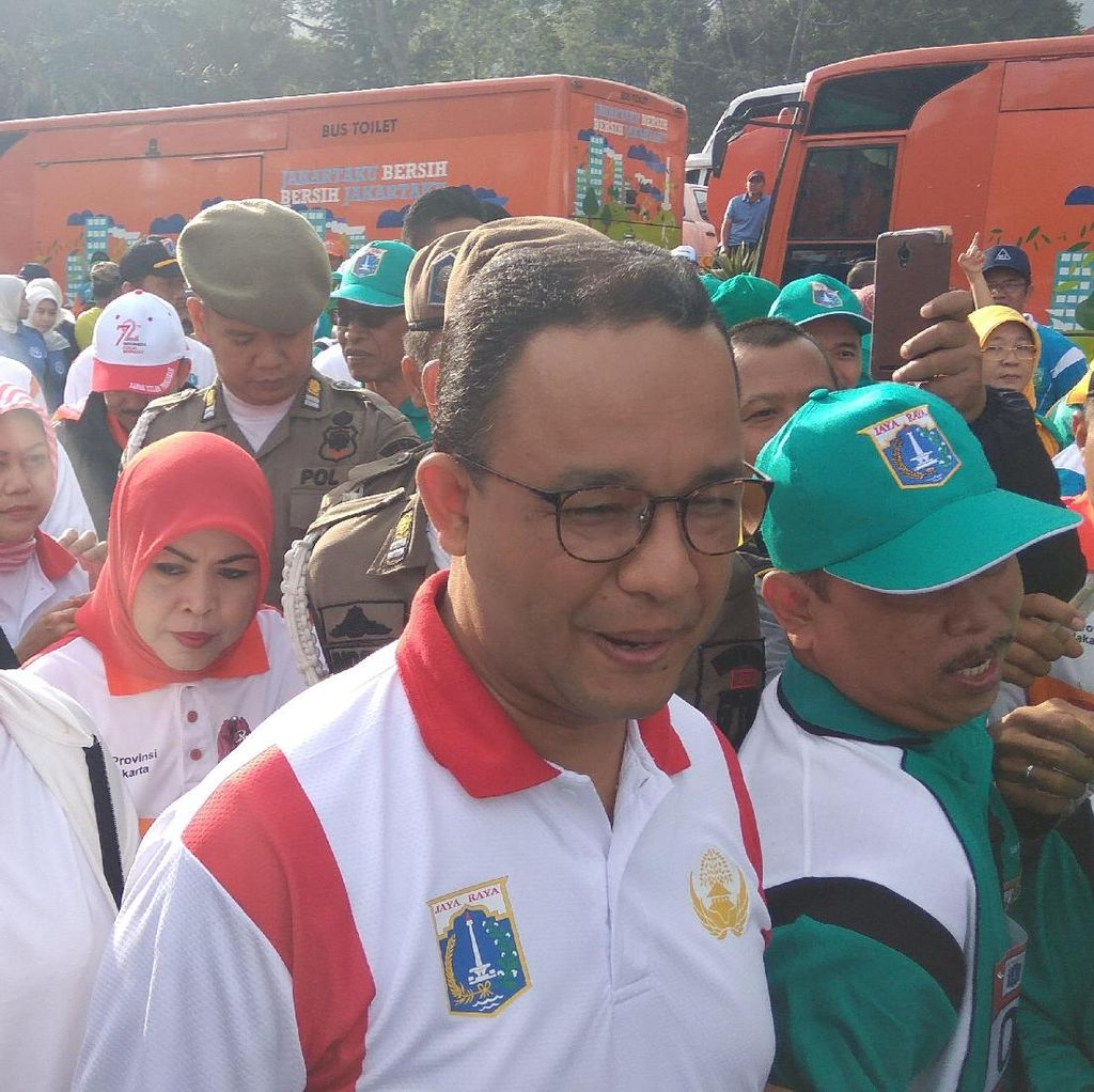 Anies-Sandi Tiba di Gunung Mas, PNS DKI Jakarta Berebut Selfie