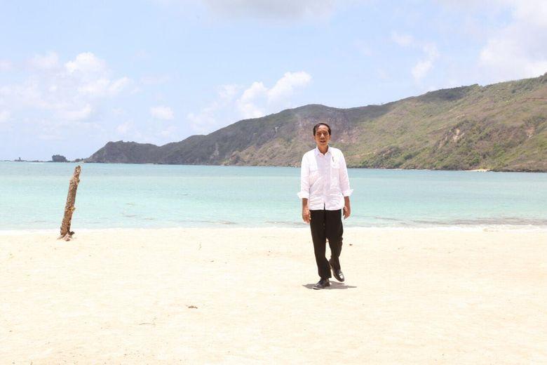 Jokowi, Ketua MPR, dan Ketua DPD ke Medan Hadiri Munas KAHMI