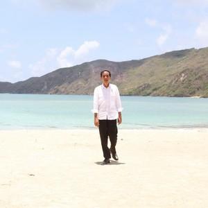 Jurus Jokowi Percepat Pembangunan KEK Mandalika