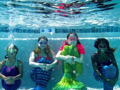Foto: Belajar Jadi Putri Duyung
