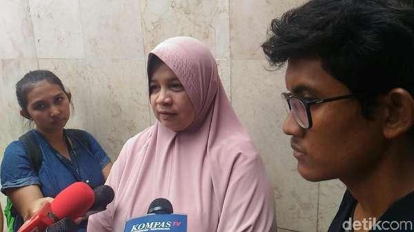 Ortu Mahasiswa Pendemo Jokowi yang Ditangkap Datangi Polda Metro