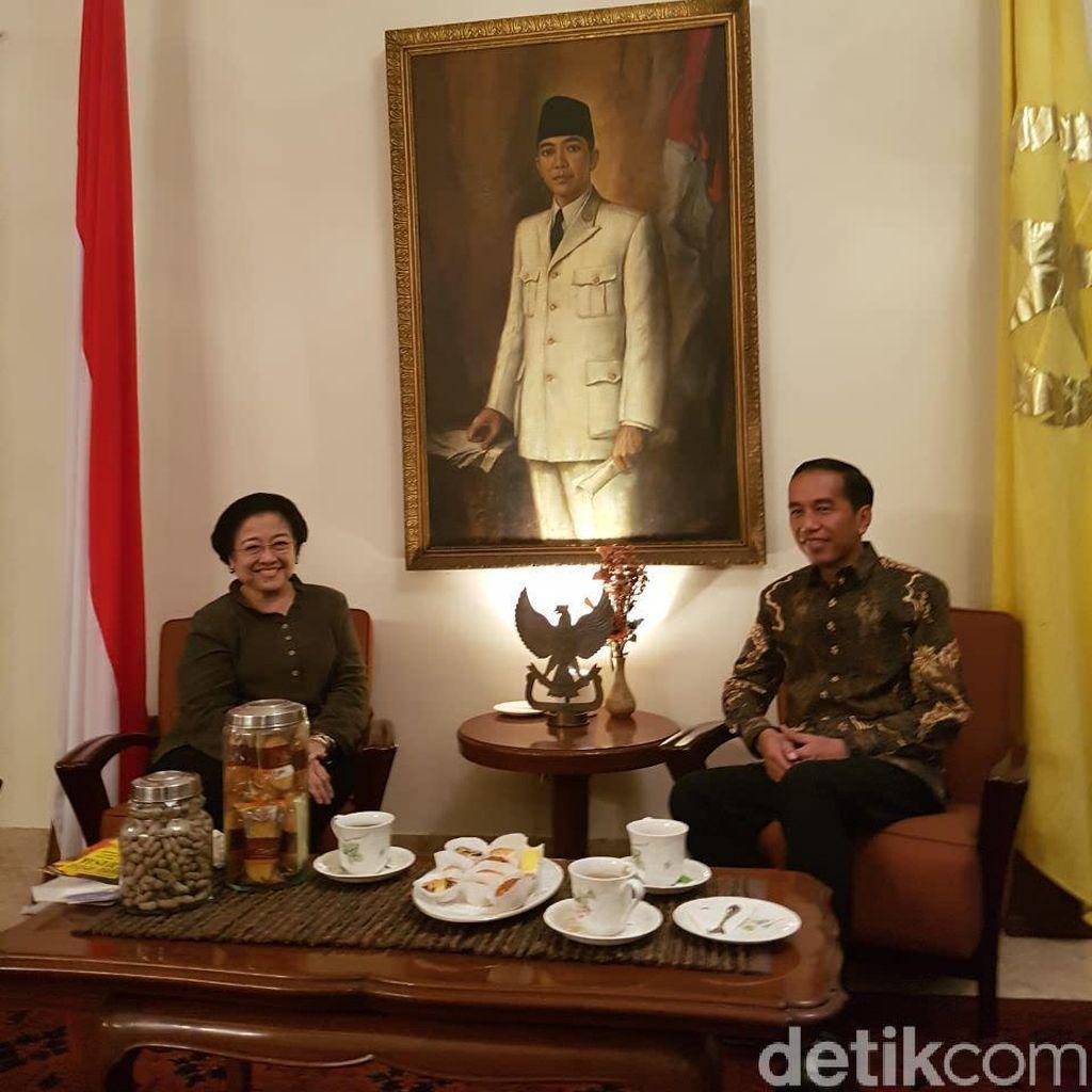 Apa Isi Pertemuan Mendadak Jokowi-Mega di Batu Tulis?