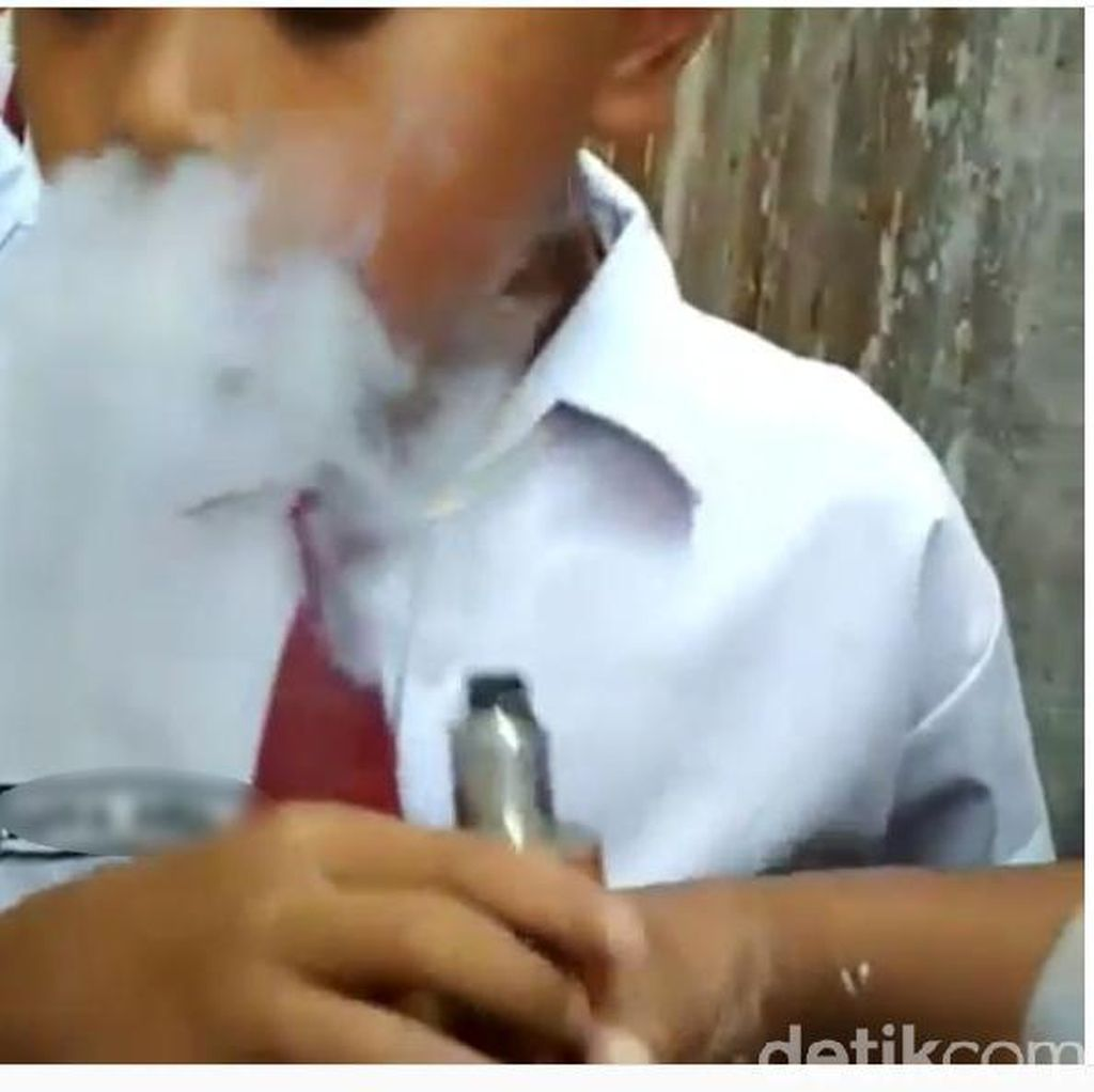 Video Viral Siswa SD di Trenggalek Isap Vapor, Ini Kronologinya