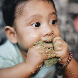 Kalau Lihat Anak Andien Makan, Rasanya Jadi Ingin Makan Juga