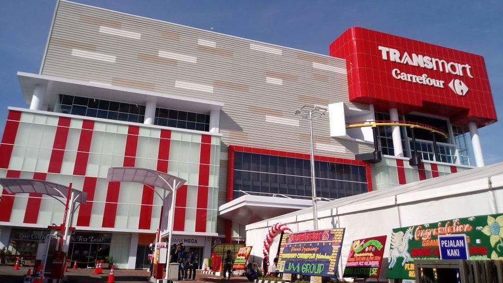 Diskon Kosmetik di Transmart Carrefour Palembang City Center