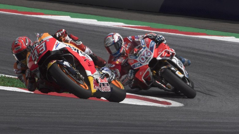 Rossi: Selisih Poin dengan Marquez Terlalu Besar untuk Dovi