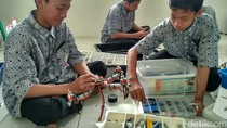 Keren! Santri di Ponpes Serang Ini Pintar Bikin Robot