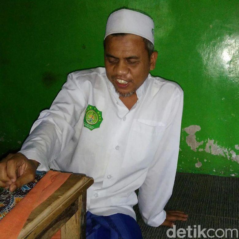 Tuna Netra di Usia 3 Tahun, Zainal Hapal Quran Sejak Kanak-kanak