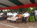 Mendagri-Menag Hadiri Apel Hari Santri Nasional di Tugu Proklamasi