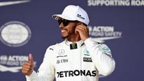 Lanjutkan Dominasinya, Hamilton Start Terdepan