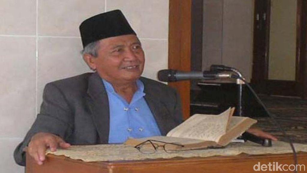 Mengenang KH Mahfudz Ridwan, Si Ular Kesayangan Warga Kedungombo