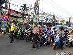 Berpeci, Cara Polisi di Depok Peringati Hari Santri