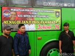 Tuntut Janji PNS, Perangkat Desa Purworejo Berangkat ke Jakarta