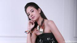 Cover Lagu Zombie The Cranberries, Aurelie Moeremans Dipuji Netizen