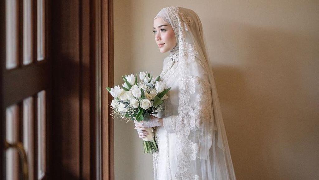 Foto: Cantiknya Hamidah, Hijabers Bogor yang Dinikahi Aktor Irvan Farhad