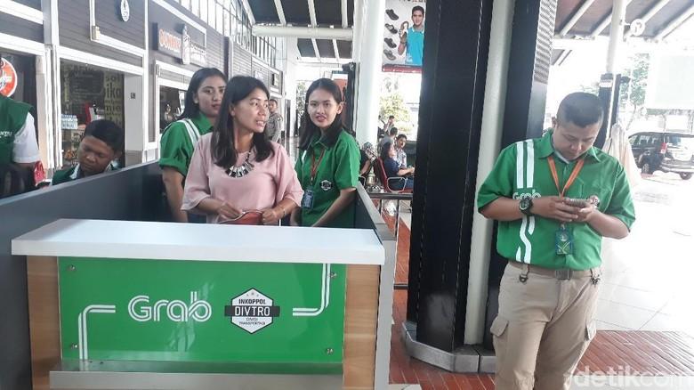 Ada Area Khusus Taksi Online di Bandara Soekarno-Hatta Mulai Hari Ini