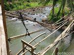 Sudah Setahun Jembatan di Serang Ini Rusak, Warga Tunggu Bantuan