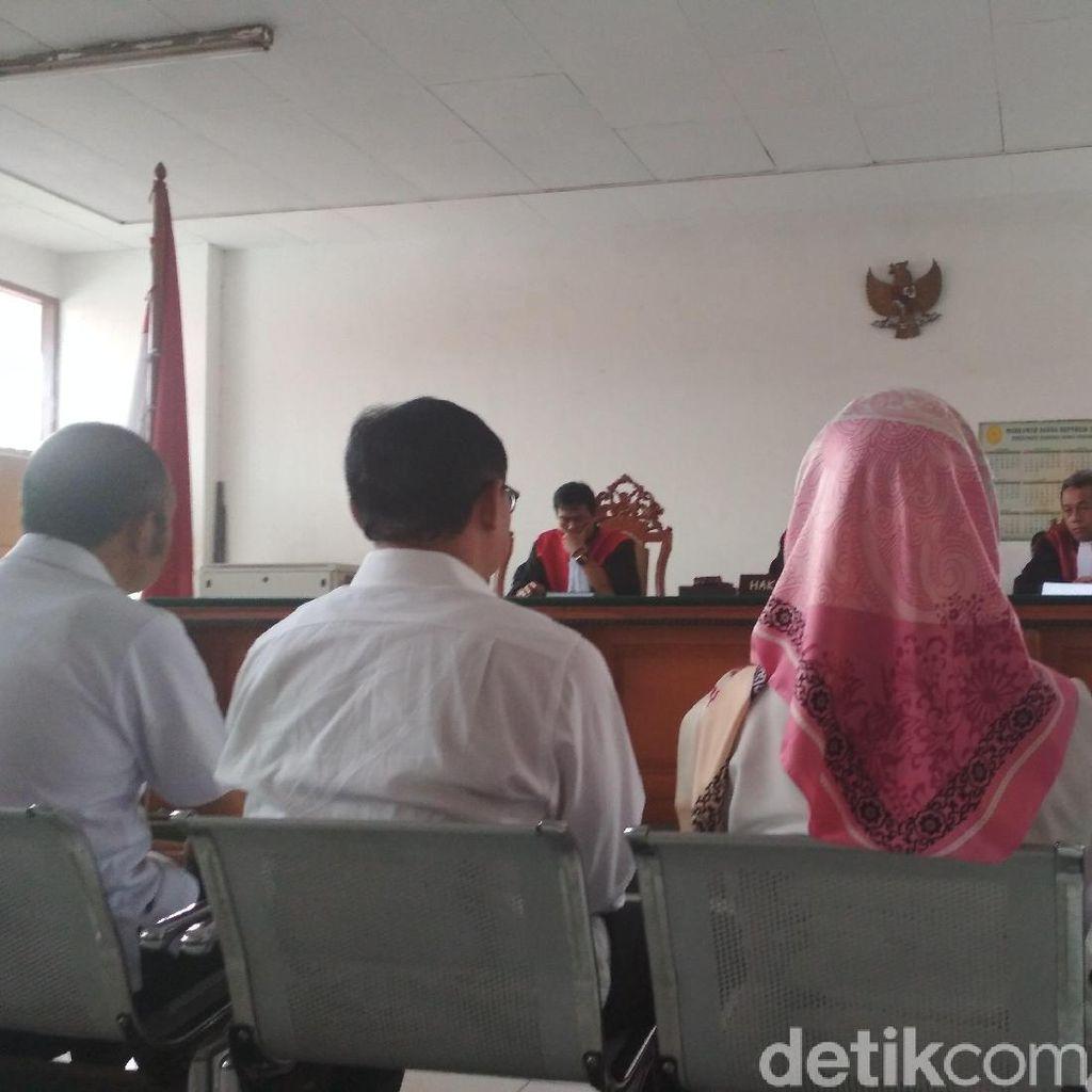 Pengacara Sebut Eks Kadis DPMPTSP Bandung Tak Nikmati Uang Pungli