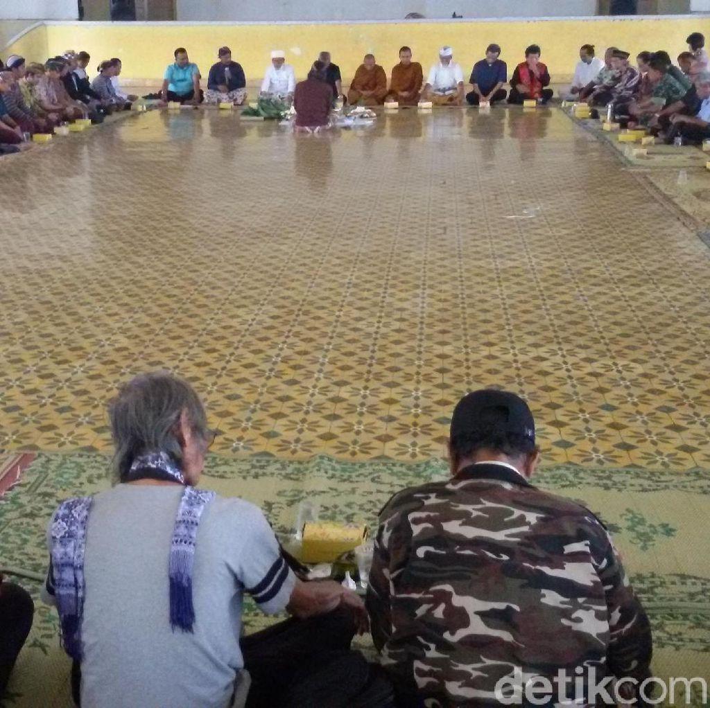 Rayakan Pelantikan Gubernur DIY, Warga Lintas Iman Berdoa Bersama