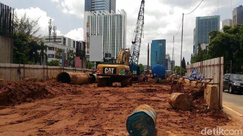 Cara Kontraktor LRT Jabodebek Kurangi Macet Selama Pembangunan