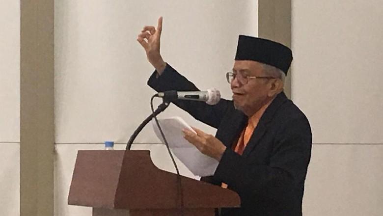 Taufiq Ismail Luncurkan Debu di Atas Debu di Seoul