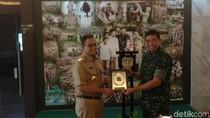 Bertemu Pangdam Jaya, Anies-Sandi Tingkatkan Kerja Sama Pengamanan