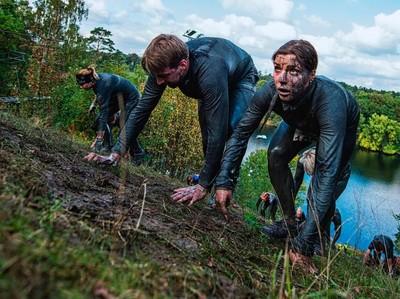 Yang Unik dari Swedia: Lomba Lari Lumpur