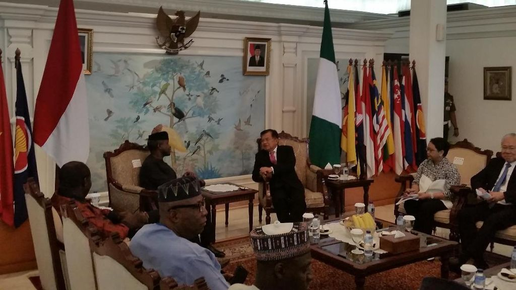 Tiba dari Turki dan Arab Saudi, JK Langsung Sambut Wapres Nigeria
