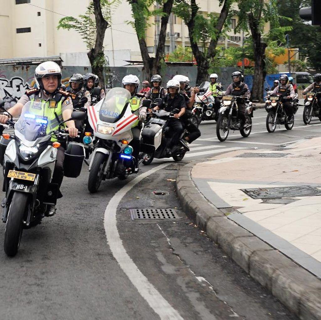 Patroli Pagi, Kombes Iqbal Jamin Keamanan Warga Sejak Dini