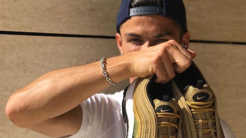 Ronaldo Pemain Terbaik, Sepatu Nike Rp 2,5 Juta yang Dipakainya Sold Out