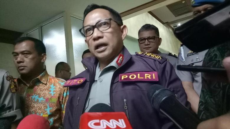 Jangan Kasih Kapolri Pastikan Aparat - Jakarta Kapolri Jenderal Tito Karnavian menegaskan pengejaran kelompok kriminal bersenjata tidak boleh kendor meski warga sudah berhasil Tito