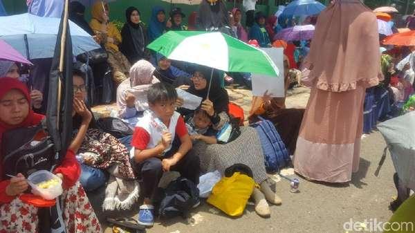 Berbagai Alasan Bocah Cilik Tolak Perppu Ormas di Gedung DPR RI