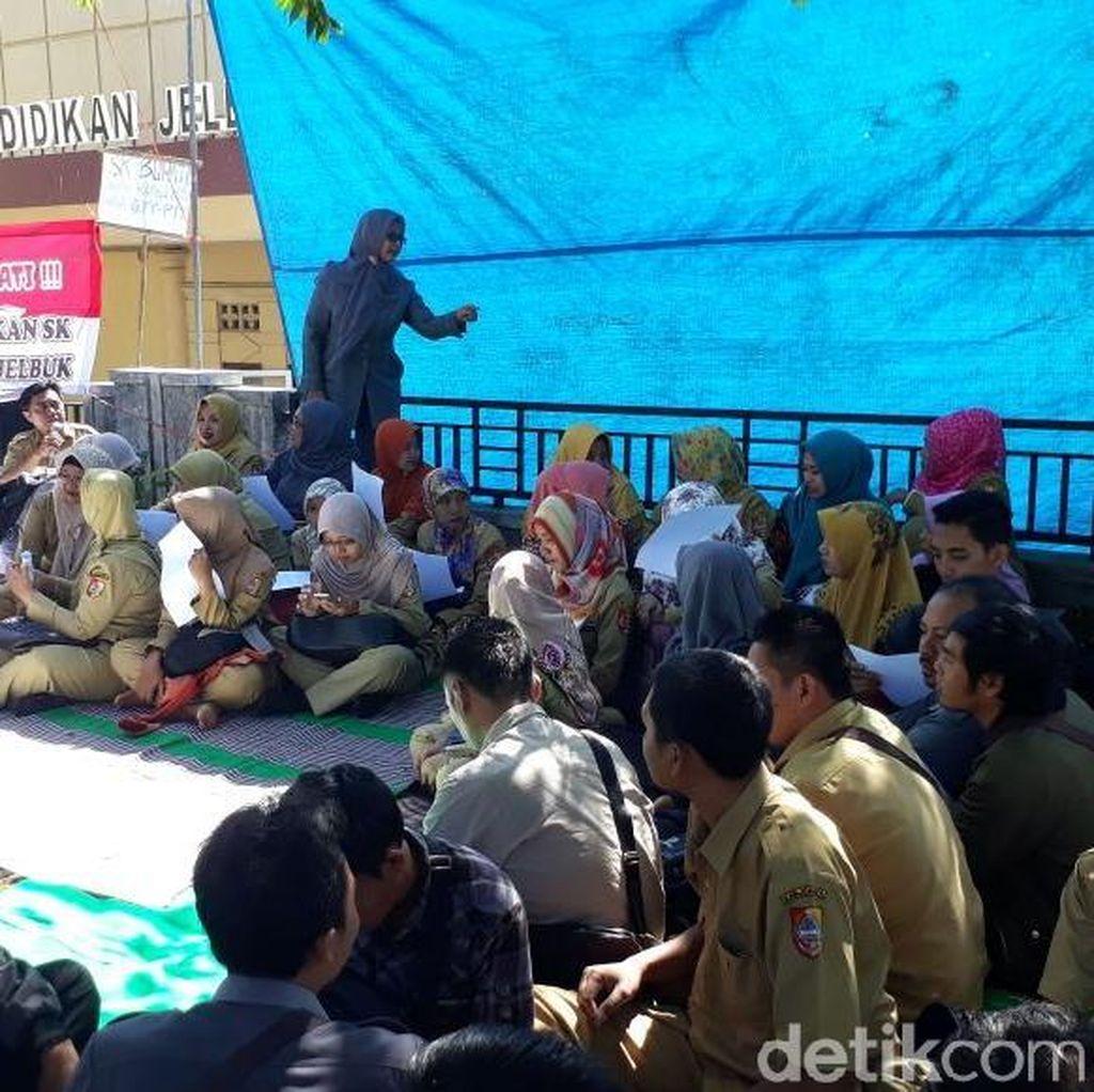 Meski Sempat Diintimidasi, Aksi GTT dan PTT di Jember Berlanjut