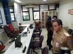 Seminggu Menjabat, Anies Gelar Sidak di Kelurahan Cikini