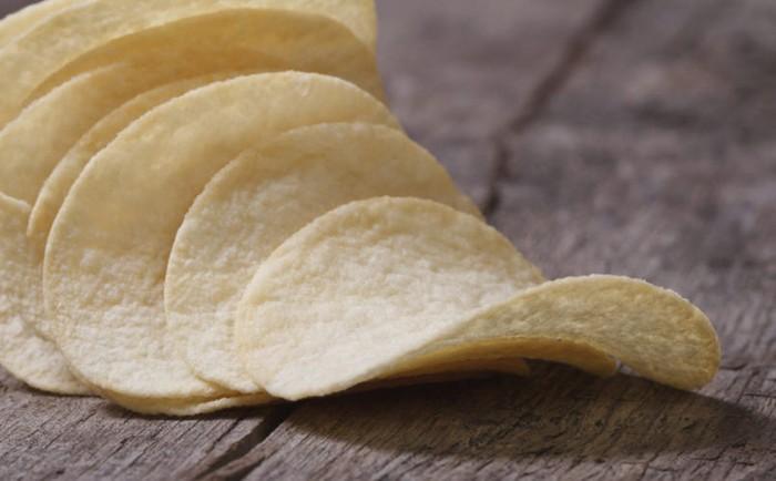 Keripik panggang apapun jenisnya meski rasanya gurih renyah tetapi umumnya berupa makanan olahan. Keripik ini bisa menaikkan gula darah dan mengandung banyak lemak.Foto: Istimewa