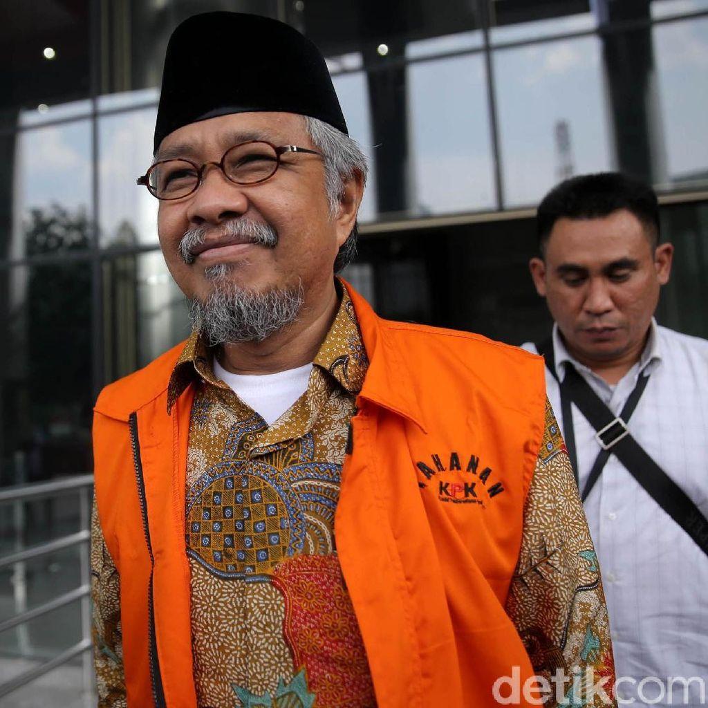 Selain Korupsi, Nur Alam Juga Didakwa Terima Gratifikasi Rp 40 M