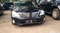 Mobil Dinas Menko Polhukam Wiranto.