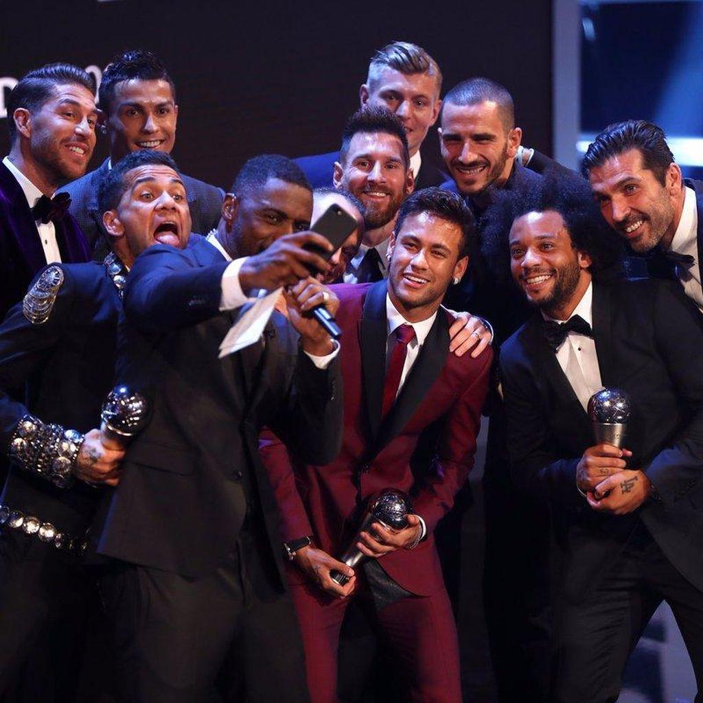Selfie Langka Pemain Terbaik Dunia 2017