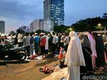 Massa Aksi Tolak Perppu Ormas Mulai Tinggalkan Kompleks DPR